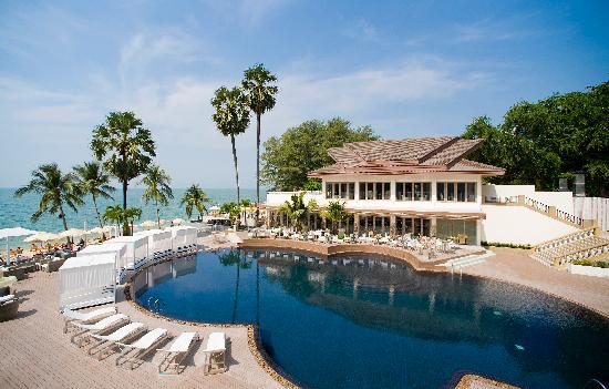 Pullman Pattaya Hotel G: Swimming Pool