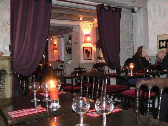 Deli's Cafe: L'intérieur de restaurant