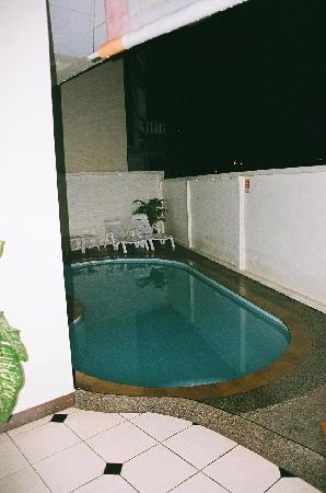 Squareone: Hotel pool