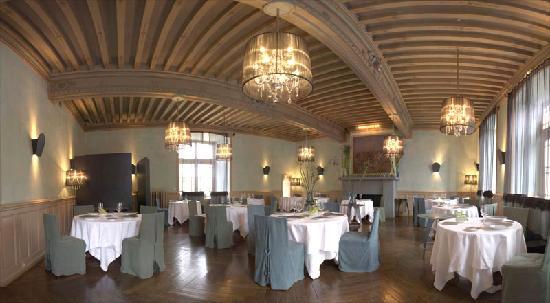 Hostellerie de la Pomarède : Salle de restaurant