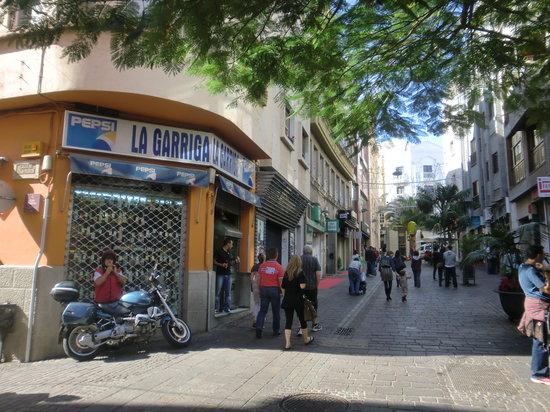 Bar Charcuteria La Garriga: Vista exterior