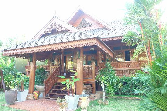 Mermaid Mansion & Thai Villa: Bungalow