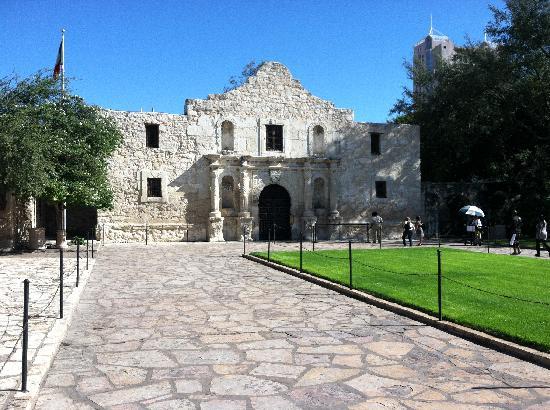 Wyndham Riverside Suites: The Alamo