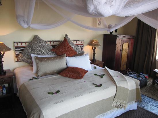 Muchenje Safari Lodge: The room