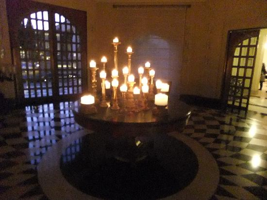 Candle Room - Natural light during the day and Candles in the evening!