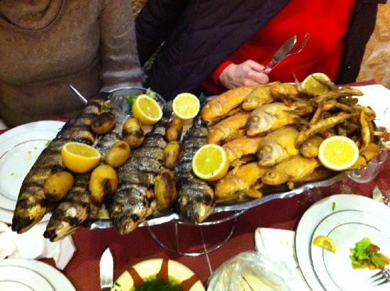 Feyrouz : Seafood platter for 4 people