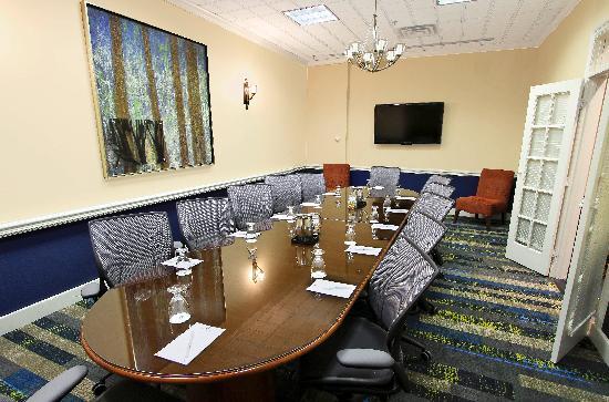 Embassy Suite Hunt Valley Hotel Baltimore
