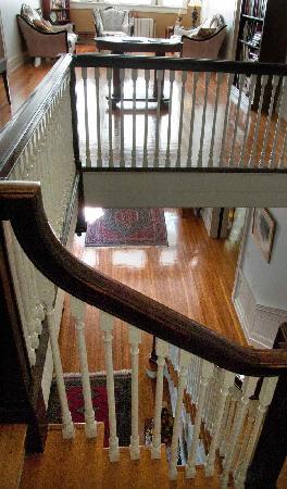 King George Inn: The grand staircase