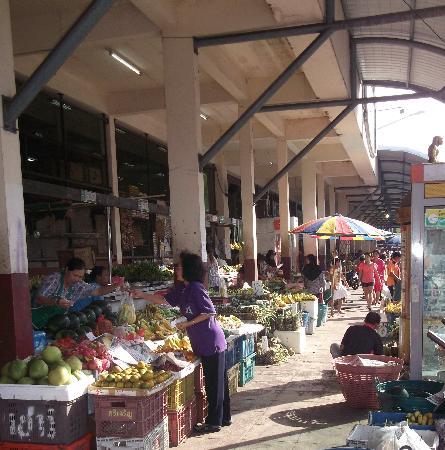 Thepparat Lodge: morning market