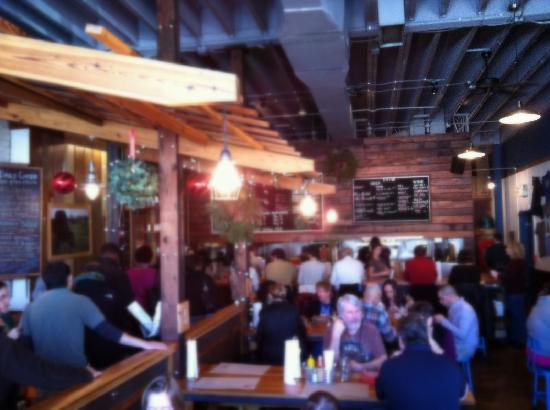 Farm Burger : Dining Room and Ordering Line