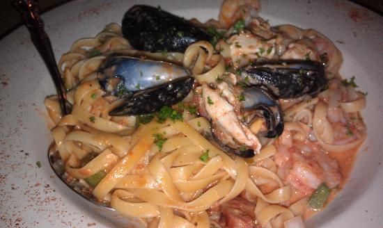 Ragtime Tavern: Seafood Linguine
