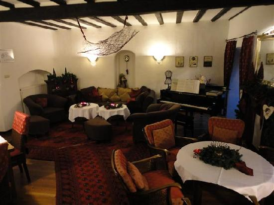 Villa Kronenburg: restaurant