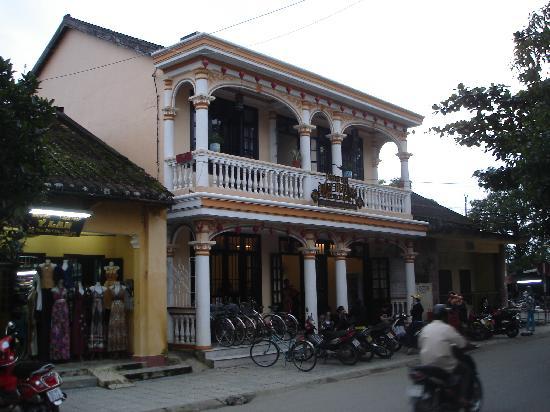 Huy Hoang River Hotel: Eingangsfront