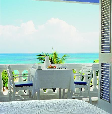 Jamaica Inn: Balcony Suite