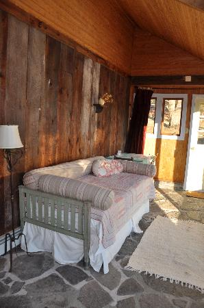 Woodstock Country Inn: The Sun Room/Sleeping Porch
