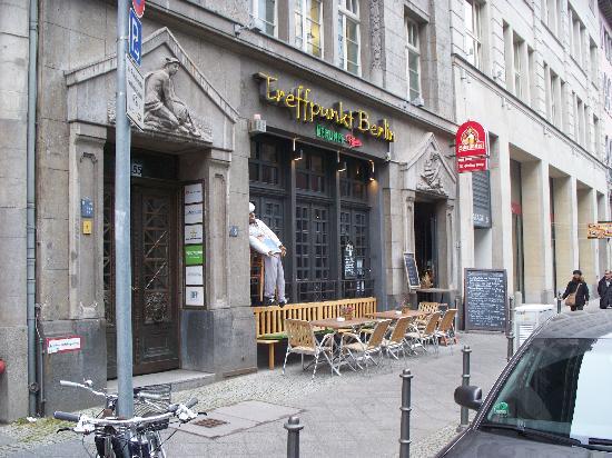 kartoffelsuppe potato soup foto van treffpunkt berlin alt berliner kneipe berlijn. Black Bedroom Furniture Sets. Home Design Ideas