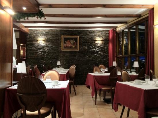 Hotel L'Ermita: La salle de restaurant et de petit-déjeuné