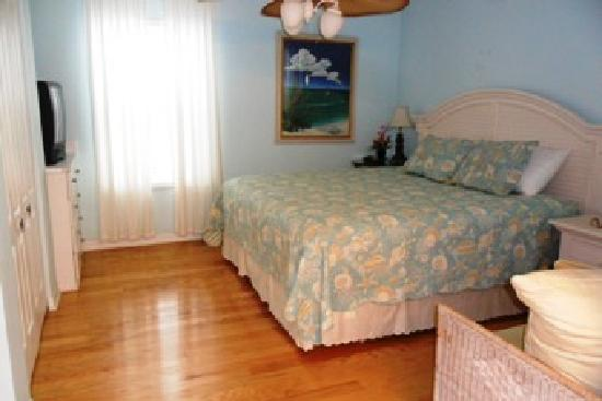 Seahorse Landing: #502 master bedroom
