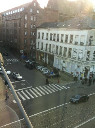 NH Brussels Bloom: Uitzicht vanaf onze kamer