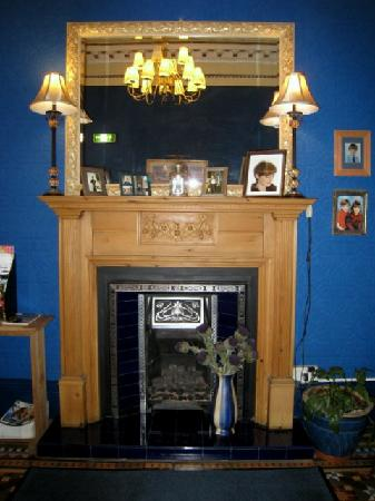 The Belhaven Hotel: Fireplace in dining room - Belhaven
