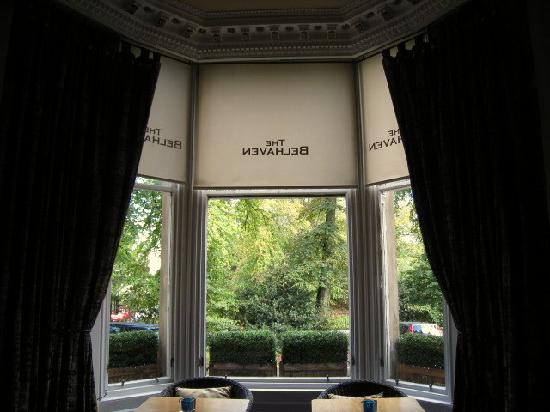 The Belhaven Hotel: Bay window in dining room - Belhaven