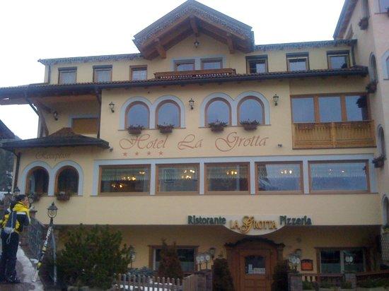 Family Hotel La Grotta: L'hotel