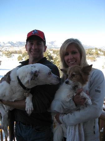 Mountain Goat Lodge: My wife,two dogs and me