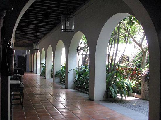 The Museum Of Alejandro Rangel Hidalgo : Nogueras - Hildago Museum