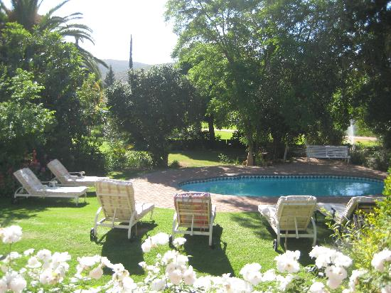 Berluda Farmhouse & Cottages: Main swimming pool