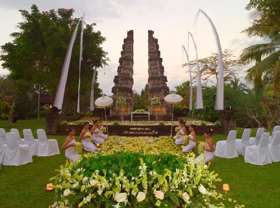 The Chedi Club Tanah Gajah, Ubud, Bali – a GHM hotel: Garden Bliss Wedding at Amphitheatre