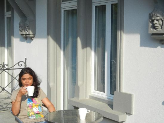 Carlton-Europe Hotel: Cofee with my wife