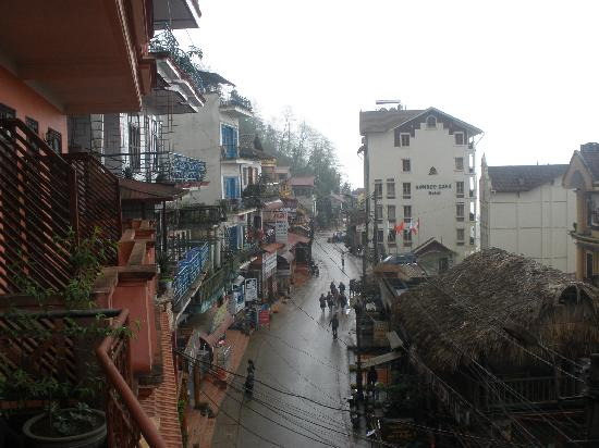 Sapa Queen Hotel: View from Queen balcony