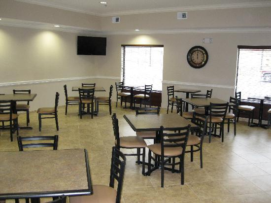 Best Western Plus Louisa: Our Breakfast Area