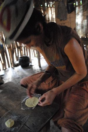 MexiGo Tours: Making  corn tortillas