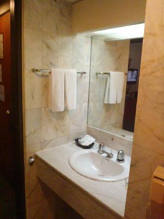 Hansa JB Hotel: superior bathroom