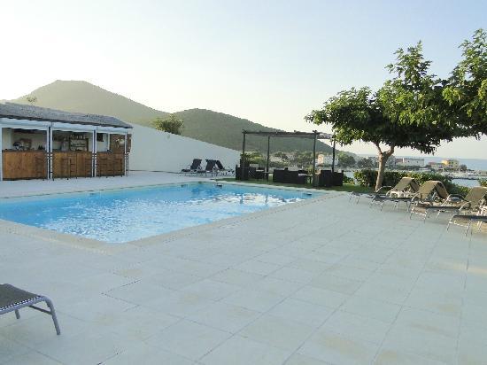 Luri, Francia: bar de la piscine