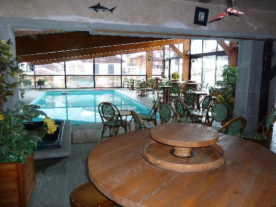 Hotel L'Equipe: vue de la piscine