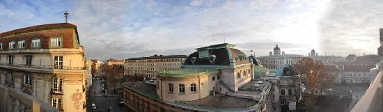Hotel Pension Museum: Panorama from the room 34 balcony