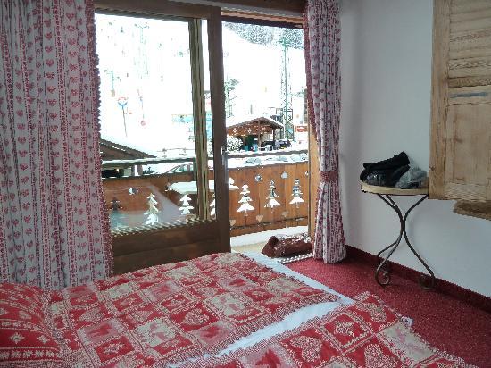 Hotel L'Equipe : chambre avec vue sur les pistes