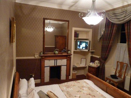 The Village Inn: Bedroom