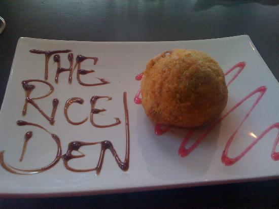 The Rice Den: Deep fried green tea icecream