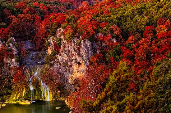 Turner Falls Park: Fall is beautiful, and hiking is cooler