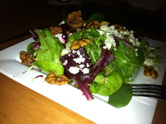 White Cap Grille: Beet salad