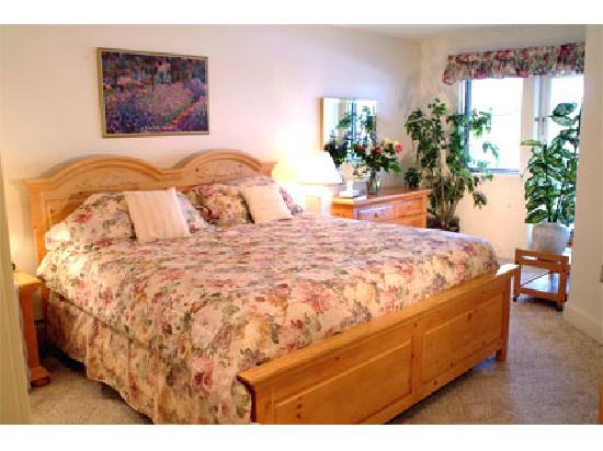 Stratton Mountain Resort: Stratton Mountain Condominium bedroom