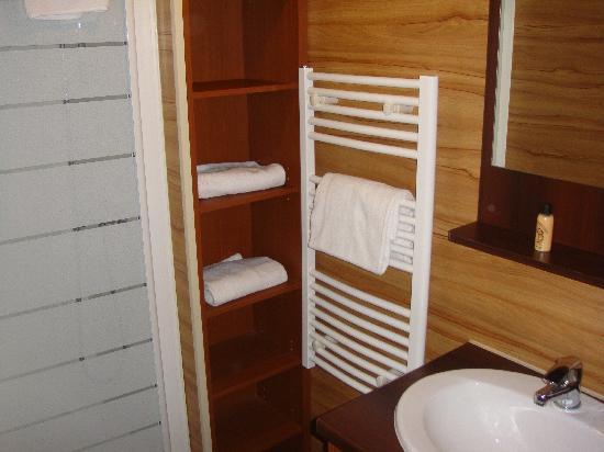 Salle De Bain Bebe. Erstaunlich Rangement Toilette Meuble De Wc ...