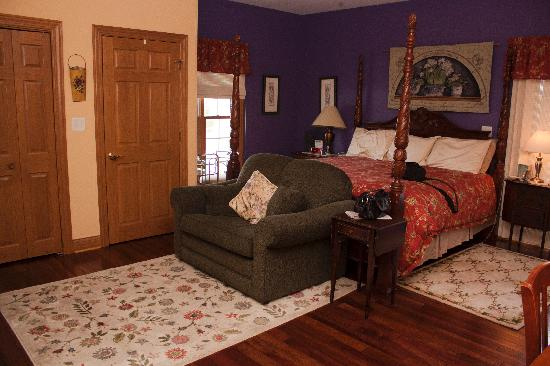 Scottish Bed & Breakfast: King Room1