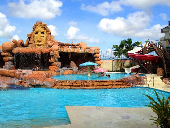 Westown Hotel Swimming Pool