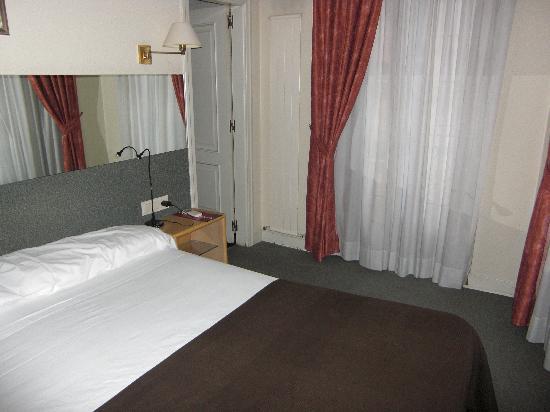 Hotel Avenida: La cama 2