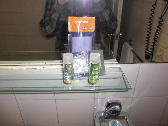 Hotel Avenida : El baño