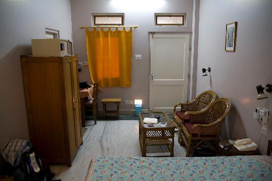 Tara Niwas: hotel room #2